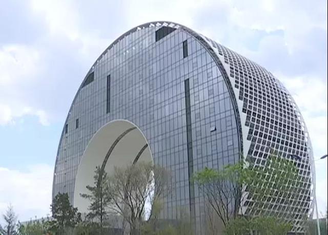 红旗轿车创新大厦建设项目誓师大会举办