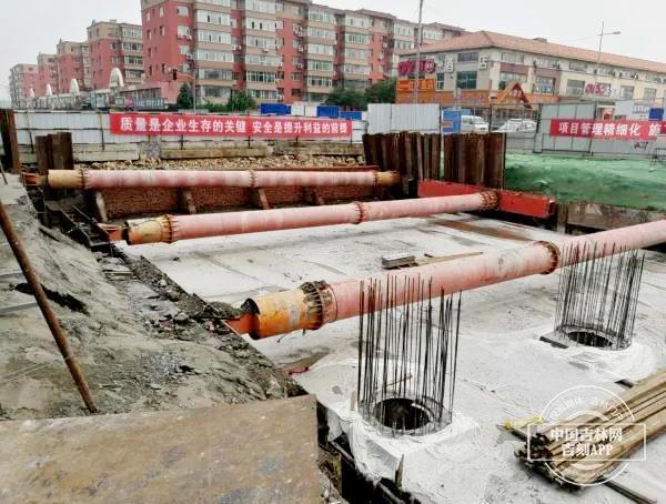 """长春市将再多一条""""海棉路面"""" 安庆市路暗渠更新改造预估十月末竣工全线通车"""