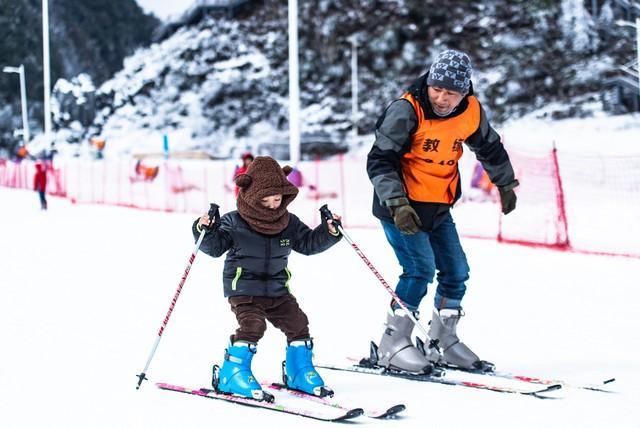 @新华社:下雪了,板开了,长春请你滑雪! 第4张