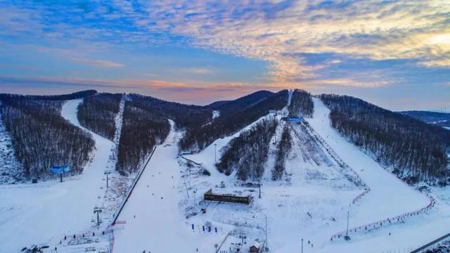 @新华社:下雪了,板开了,长春请你滑雪! 第9张