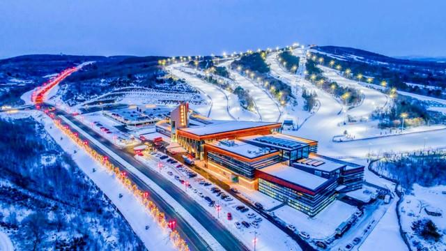 @新华社:下雪了,板开了,长春请你滑雪! 第10张