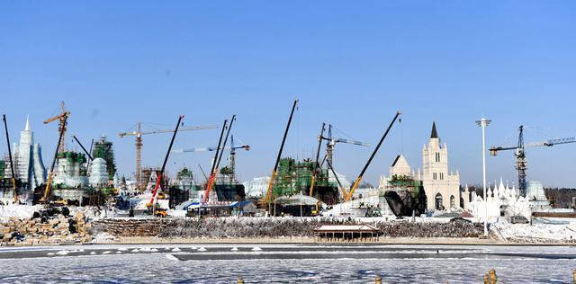 """张志军考察城市冰雪经济:把""""冷资源""""变成""""热产业"""",实现冰雪产业优质发展。 第4张"""