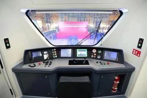 长春,浙中第一辆城市轨道交通列车的始发地。 第4张