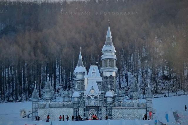 嘿,天啊!有一个冰雪的童话世界等着你。 第5张