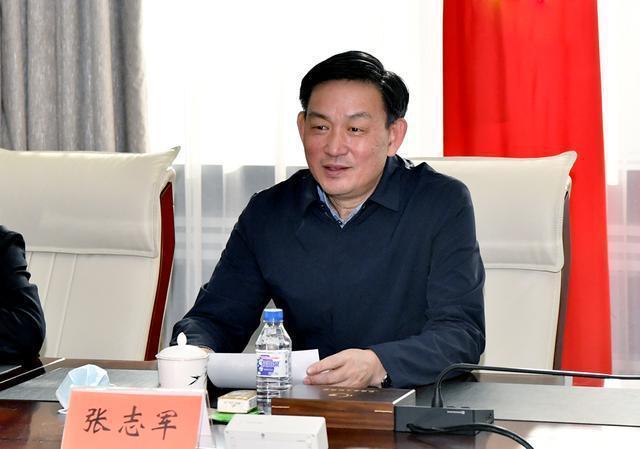 张志军与正大集团高级副董事长兼首席执行官杨小平一行就深化务实合作、加快农村农业现代化进行了座谈。 第2张