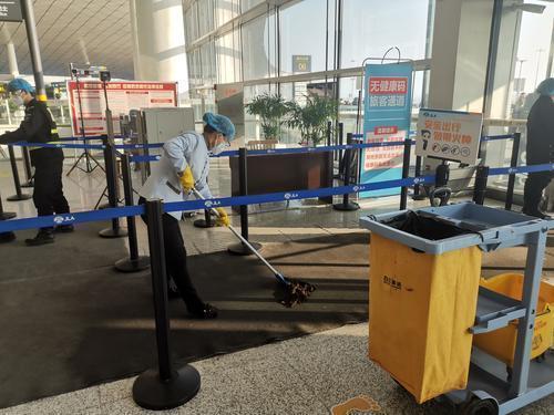 长春机场反应迅速,采取多项措施防控疫情。