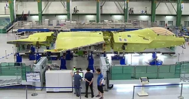 韩国隐形战斗机原型机将提前亮相,预计今年4月上市。 第1张