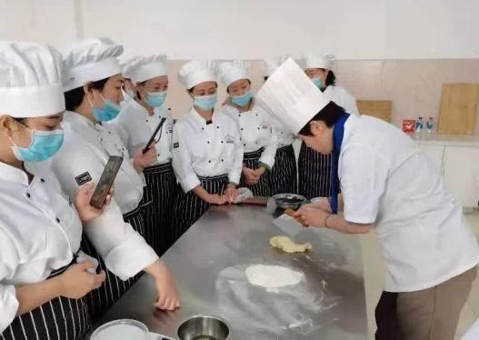 永吉县:农闲时节学习技术,技能培训促增收。 第2张